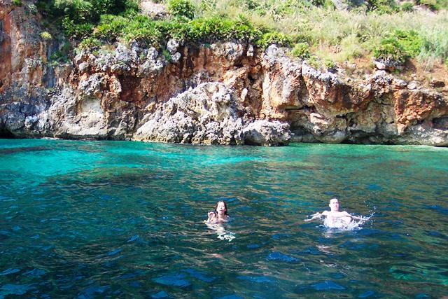 Mar azul na Sicilia