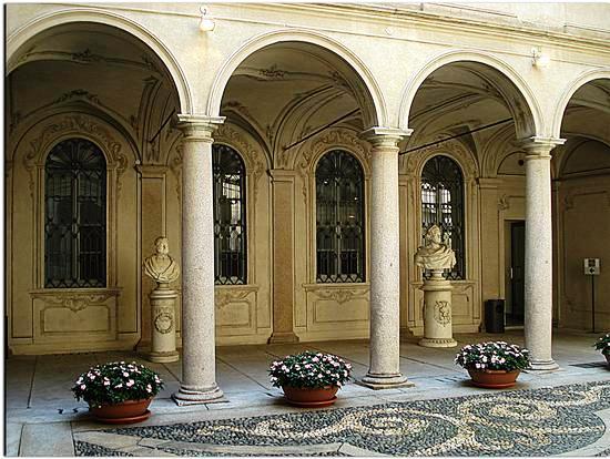 Palácios de Milão