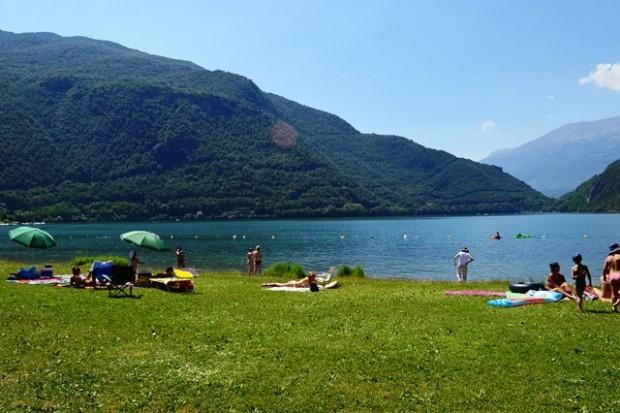 passeio de barco no lago de Como