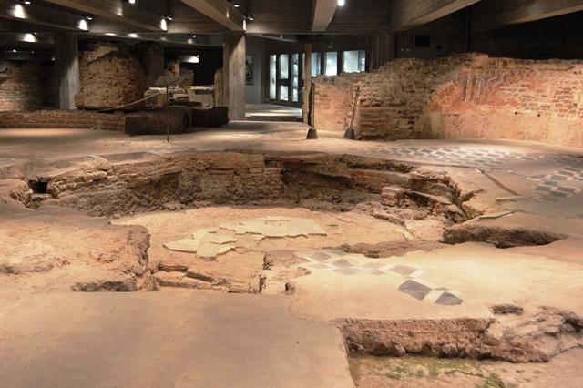 Ruínas do batistério do Duomo de Milão