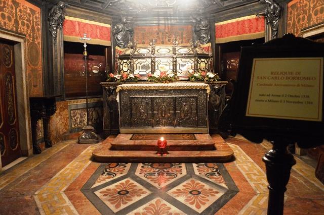 Cripta do Duomo de Milão