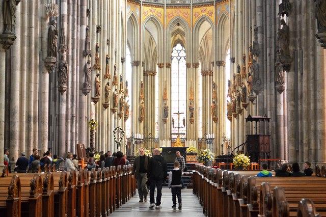 Interior da catedral de Colônia