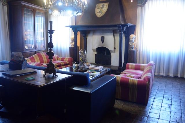 Sala do castelo de Fumone na Itália