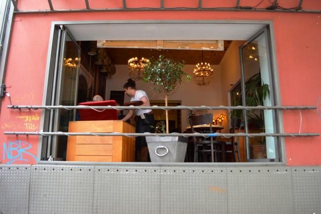 Bares em Colônia - Café Bauturm