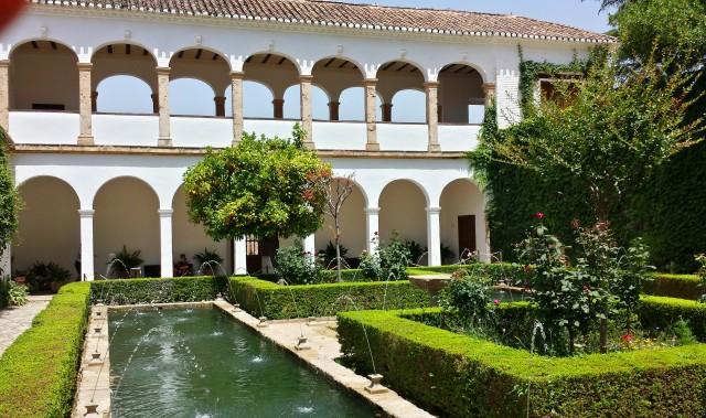 Residência de verão dos governantes árabes - Alhambra