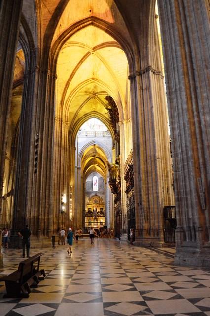Parte interna da Catedral de Sevilha