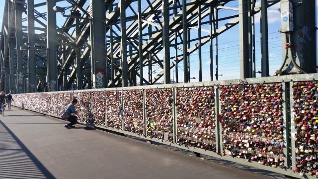 Ponte dos cadeados em Colônia