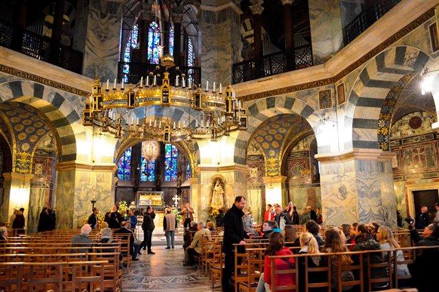 Interior da Catedral de Aachen